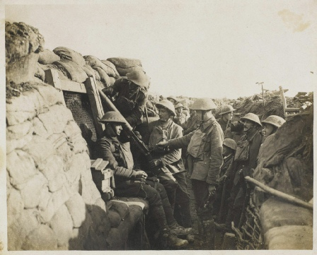 Photo © IWM Men of the 6th-Battalion York and Lancaster at a Lewis Gun Post in Cambrin
